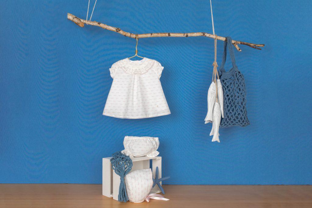 Cómo vestir a un recién nacido para una ocasión especial